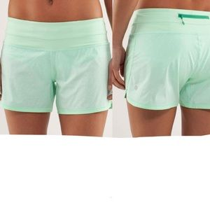 Lululemon Groovy Run Short Petit Dot Fresh Teal 4